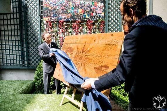 Ban Ki Moon en visite à Tomorrowland, envoie un appel de