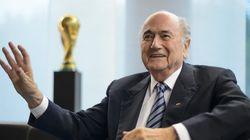 FIFA: les 1001 rebondissements d'un feuilleton où à la fin, c'est Sepp Blatter qui