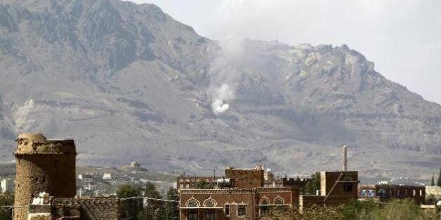 Yémen: 8 civils tués dans des explosions après des raids sur des dépôts