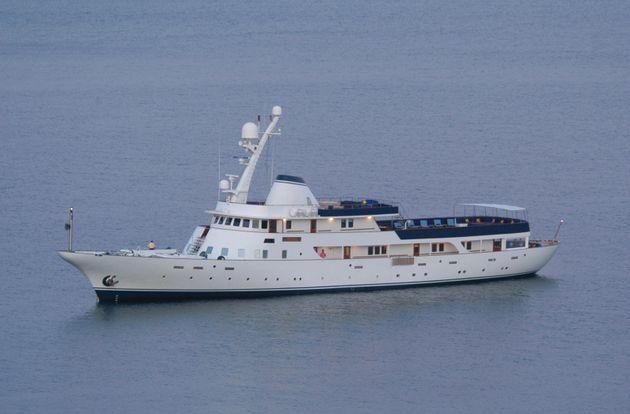 Vincent Bolloré est propriétaire du Paloma, le célèbre yacht qu'il avait prêté à Nicolas Sarkozy après...