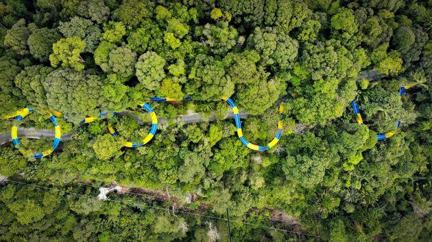 Le plus grand toboggan aquatique du monde ouvre en Malaisie