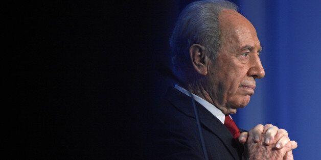 Shimon Peres ne viendra pas au