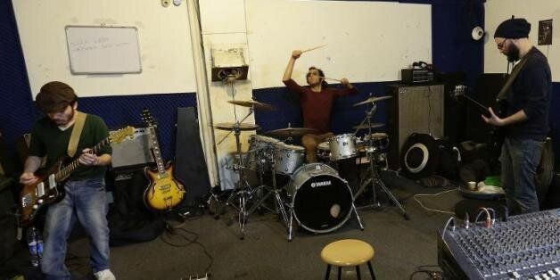 Au Liban, des rockeurs syriens mènent une nouvelle vie après fui leur pays en