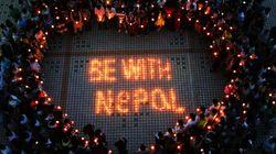 Au moins 3.200 morts au Népal, les secouristes arrivent du monde