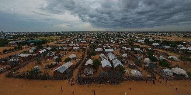 A Dadaab au Kenya, des réfugiés somaliens rêvent