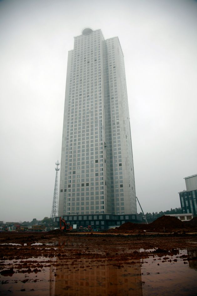 Un record de construction? Un gratte-ciel de 57 étages chinois a été bâti en seulement 19
