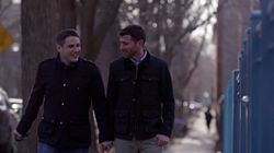 Les couples gay dans le clip d'Hillary Clinton, une première aux