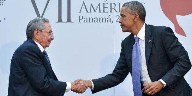 Face à face, Obama et Castro tournent la page de la Guerre froide au