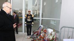 Béji Caïd Essebsi se recueille devant le musée du
