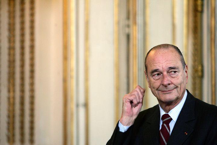 Jacques Chirac en décembre 2005 à l'Élysée. Trois mois plus tôt, le Président a été victime d'un accident vasculaire cérébral. L'ancien président est mort le 26 septembre 2019.