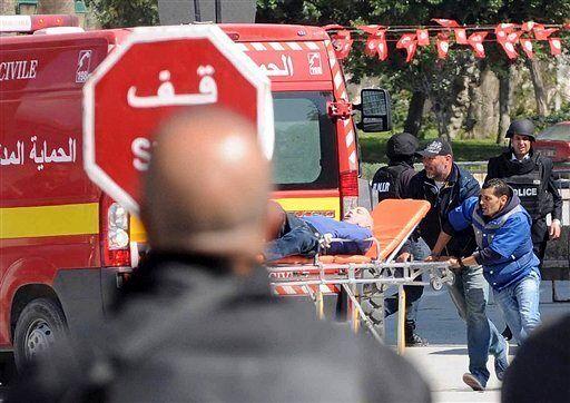 Les Algériens choqués et solidaires:
