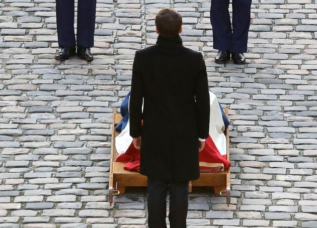 Après la mort de Jacques Chirac, c'est au président de la République, Emmanuel Macron, d'organiser l'hommage...