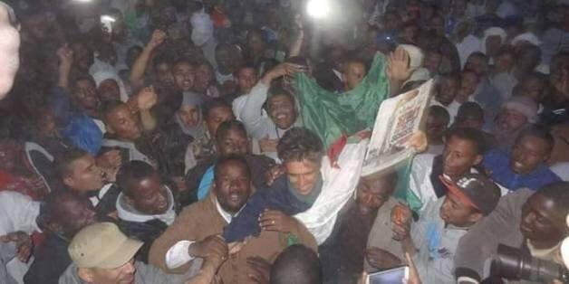Rachid Nekkaz a été chaleureusement accueilli à son arrivée à In Salah