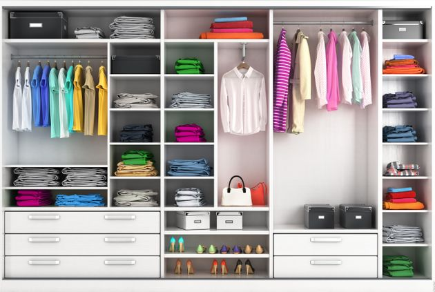 Yπολογίζεται πως ο μέσος άνθρωπος έχει αυξήσει την αγορά ρούχων κατά 60% από το έτος 2000.