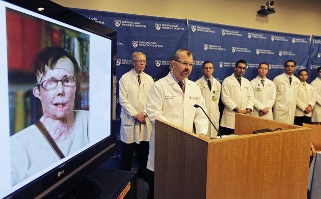 2013, ο δρ Μπ.Πόμαχακ με την...