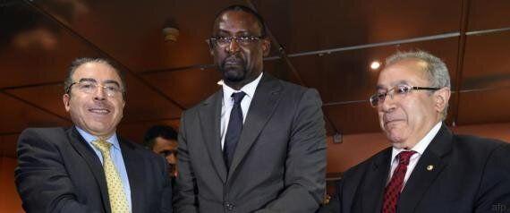 Mali: Bamako paraphe l'accord de paix, la Coordination de l'Azawad se donne un