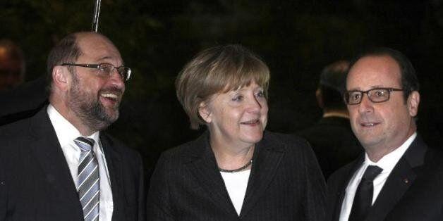 De gauche à droit: Martin Schulz, Angela Merkel et François