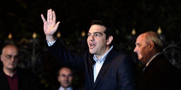 Grèce / Allemagne: Tsipras prêt à renoncer à 7 milliards pour en finir avec la troïka, Merkel refuse...