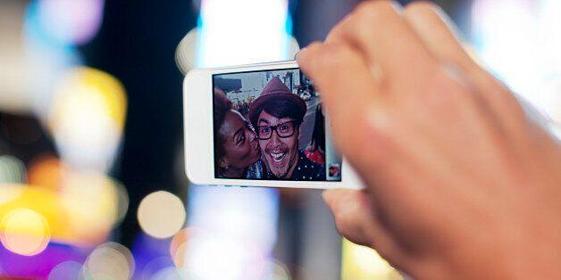 Journées mondiales sans téléphone portable: 10 choses qu'on ne fait plus (ou presque) depuis l'avènement...