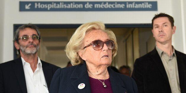 Bernadette Chirac en tournée promotionnelle de l'opération Pièces Jaunes, jeudi 22 janvier à