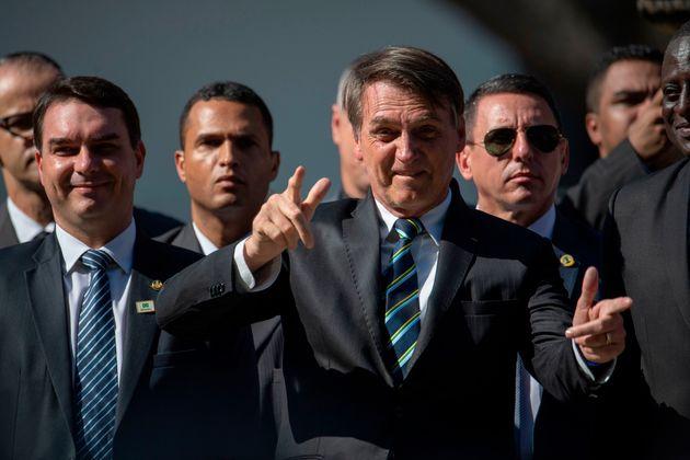 Flávio Bolsonaro sai em defesa do pai, cujo discurso na ONU foi considerado