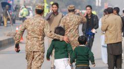 Des dizaines de morts suite à l'attaque d'une école par des talibans au
