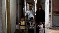 Fuyant la Birmanie, les musulmans Rohingyas bravent la faim et la mort sur la route de