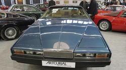 L'Aston Martin aux poignées d'or d'Omar Bongo adjugée à 43.500