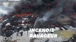 Les images impressionnantes de l'incendie de l'usine Lubrizol à Rouen vu du