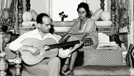 Cérès a 50 ans: 1964. Jellal et Latifa Ben Abdallah chez eux à Sidi Bou Saïd (PHOTO