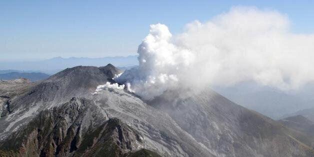Eruption volcanique au Japon: Plus de 30 personnes