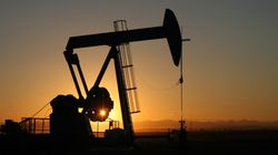 Le prix du pétrole brut au-dessous de 90