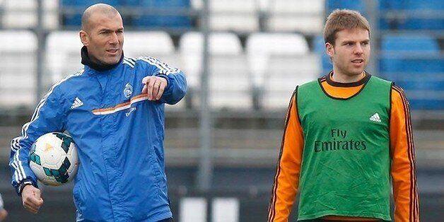 Zidane ne dispose pas des diplômes requis pour entraîner le Real Madrid selon le