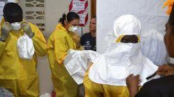 Dans un village du Liberia, des malades d'Ebola emmurés