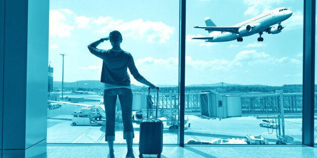 Vous avez peur de l'avion? Les conseils d'une psychologue spécialisée pour mieux aborder vos voyages
