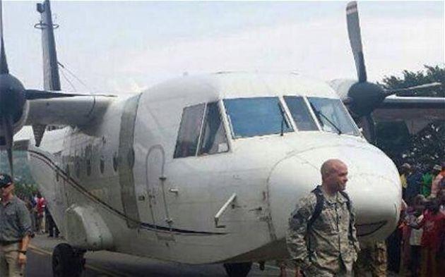 Atterrissage forcé sur une autoroute ougandaise pour un avion de