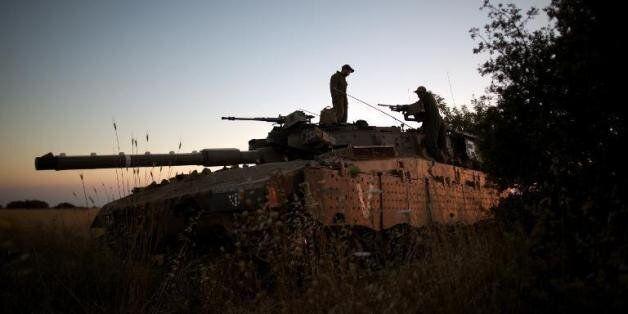 Raids de l'aviation israélienne sur des positions