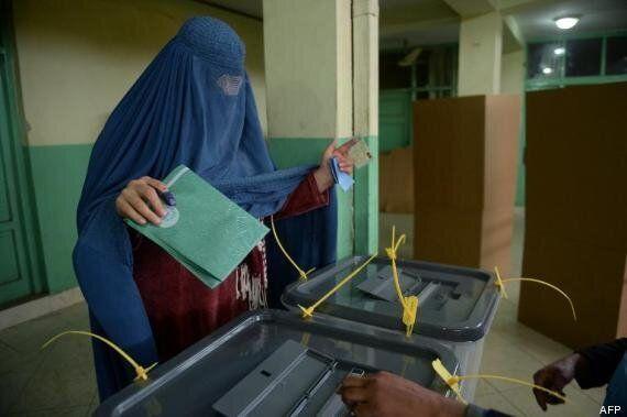 Afghanistan: Malgré les menaces des talibans, les élections présidentielles se déroulent dans le