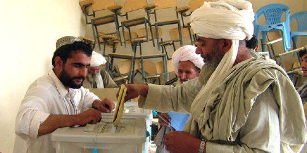 Afghanistan: Abdullah et Ghani au second tour de la