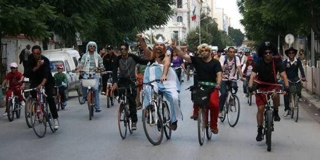 Tunisie: Le troisième rassemblement de cyclistes déguisés aura lieu le 4 mai 2014 en banlieue nord de