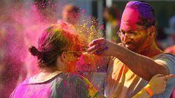 Le Holi Festival of Colors arrive en