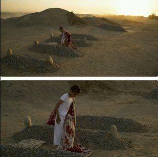Non, cet enfant ne dort pas entre les tombes de ses parents morts en