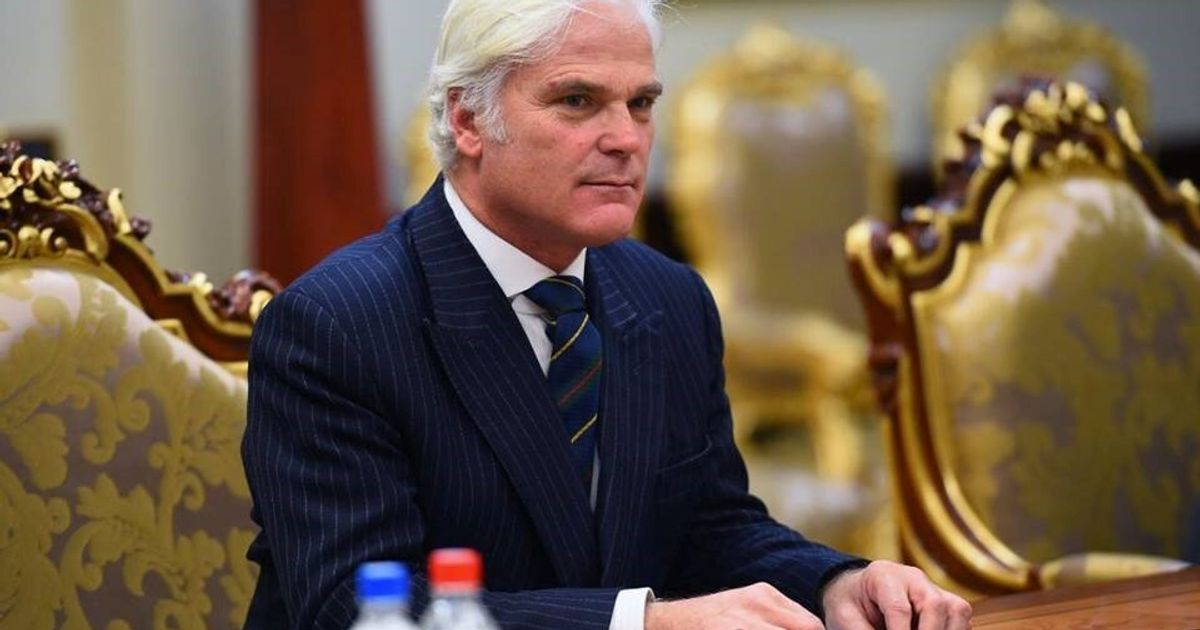 Tory MP Desmond Swayne Says Wearing Blackface An 'Entirely Acceptable Bit Of Fun'