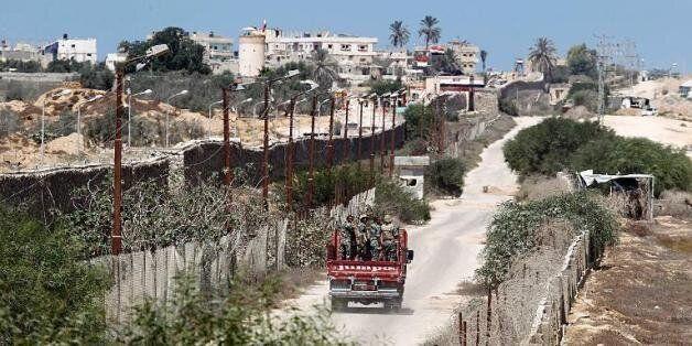 Egypte: Nouvel attentat contre l'armée dans le Sinaï, 10 soldats