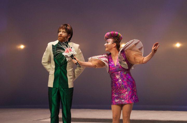 Simon Lacroix et Macha Limonchik dans «Le meilleur des mondes», présenté au Théâtre Denise-Pelletier