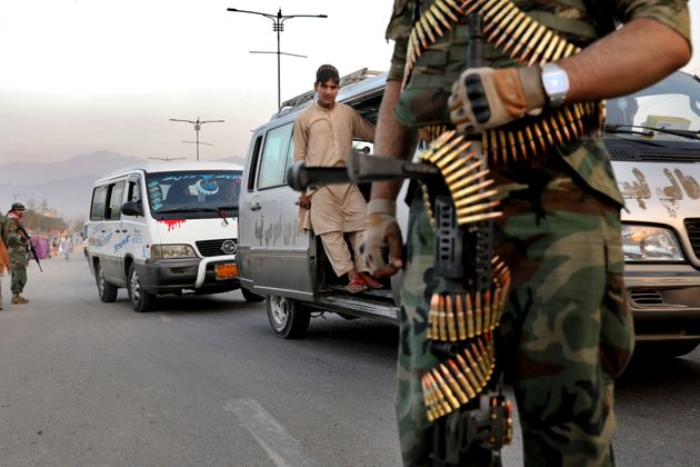 Soldados afganos establecen un control, el pasado 24 de septiembre, en la capital,