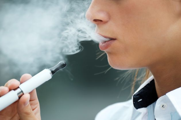 Severe Lung Illness In Quebec 1st Case Linked To Vaping In