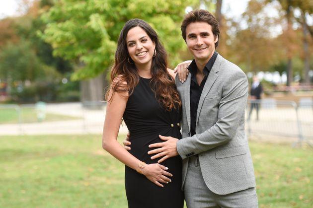 Anouchka Delon et Julien Dereims ont annoncé samedi 28 septembre qu'ils allaient être parents...