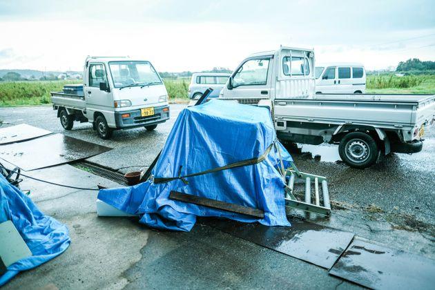500キロの転倒した機械