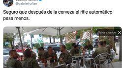 El Ejército no sancionará a los militares que se encontraban uniformados y con armas en una terraza de